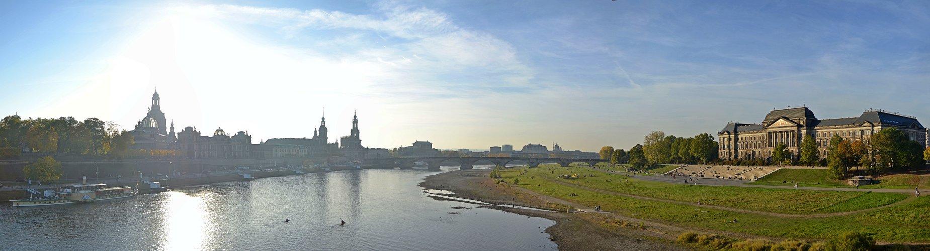 Altstadt, Elbe und Finanzministerium
