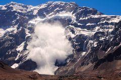 Alud en la sur del Aconcagua