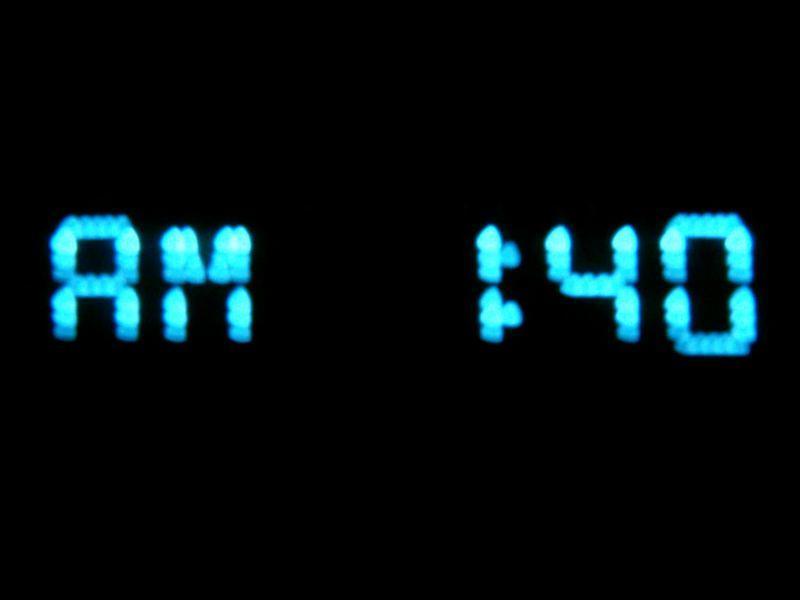 AM 1:40