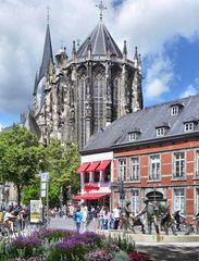 Am Aachener Dom