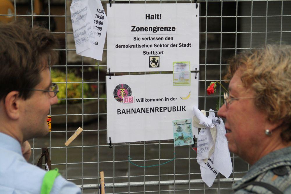 am BAUZAUN Bananenrepublik K21 Stuttgart