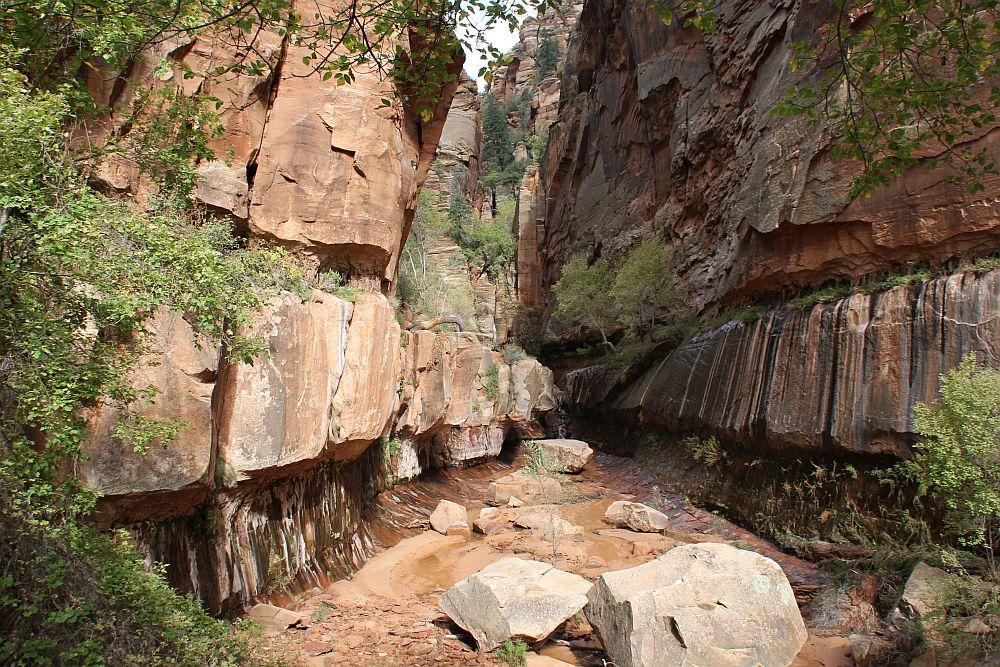 Am Beginn der Narrow Section des Water Canyon bei Hildale / Utah