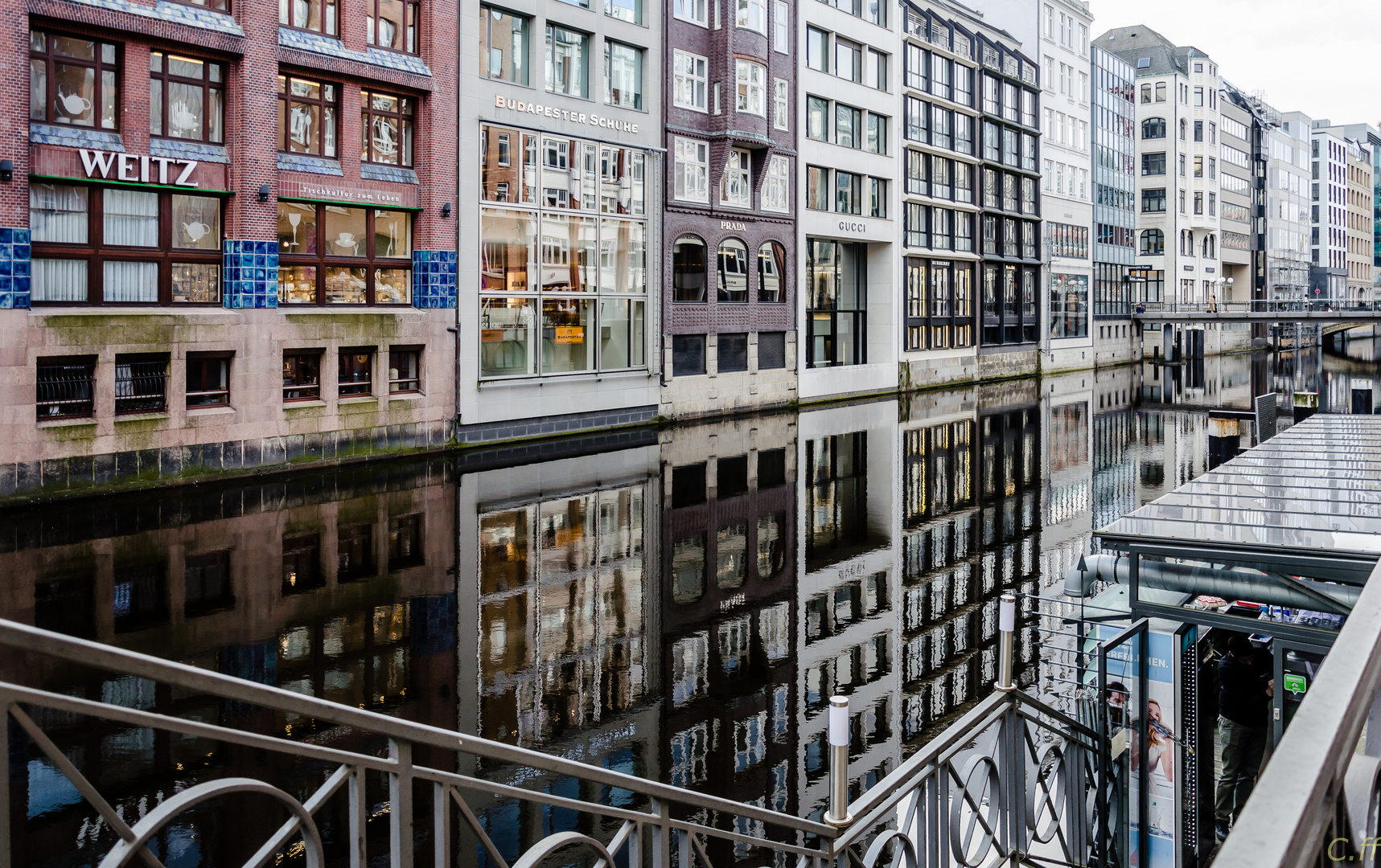 Am Bleichenkanal - Hamburg