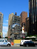 am Columbus Circle NYC die Unisphere