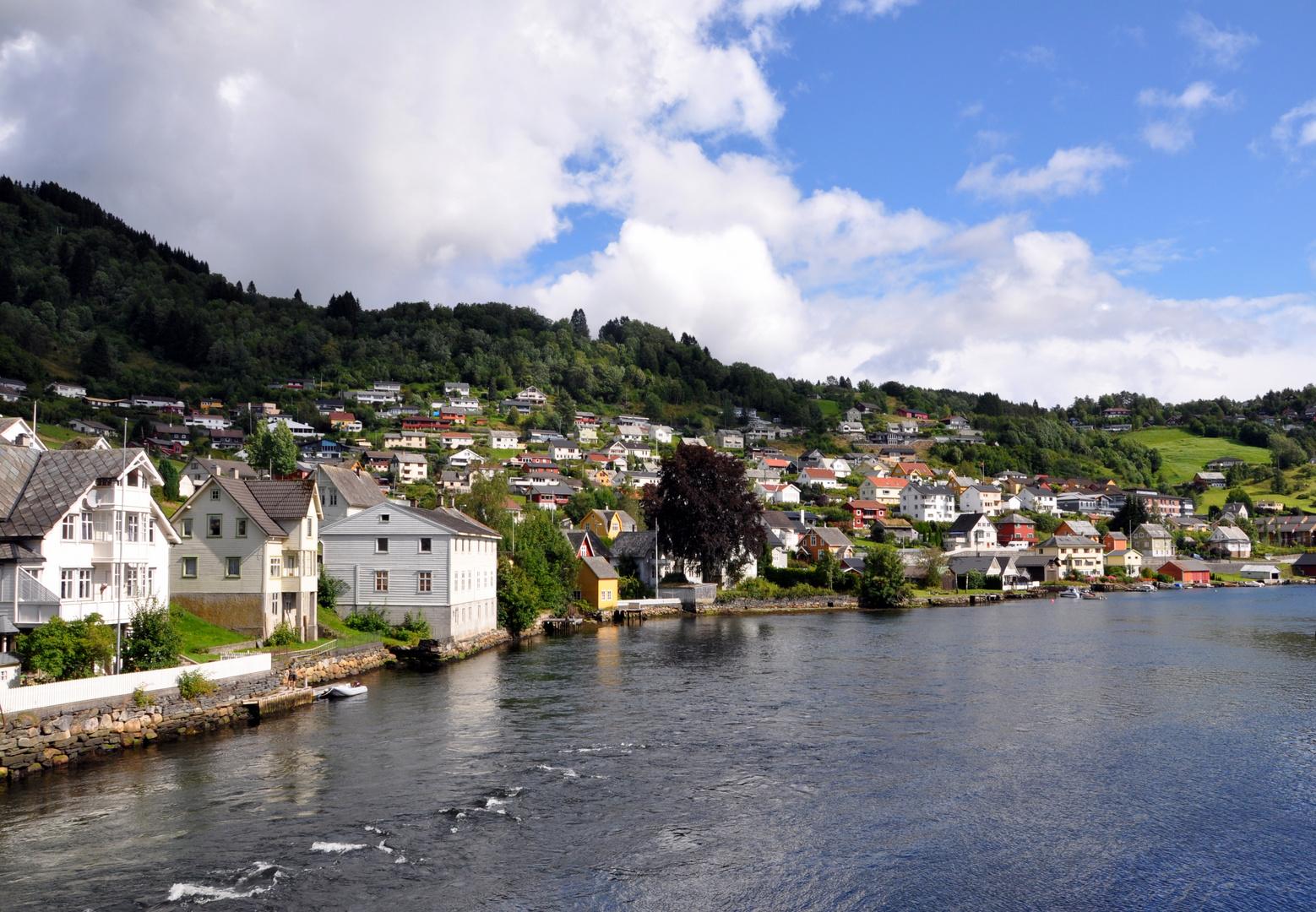 Am Fjord in Hordaland