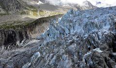 Am Fuß des Glacier d'Argentiere