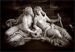 Am Fuße der Pallas Athene