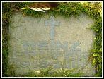 Am Grab von Heinz Prüfer