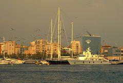 Am Hafen # En el puerto