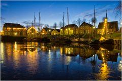 Am historischen Hafen in Carolinensiel