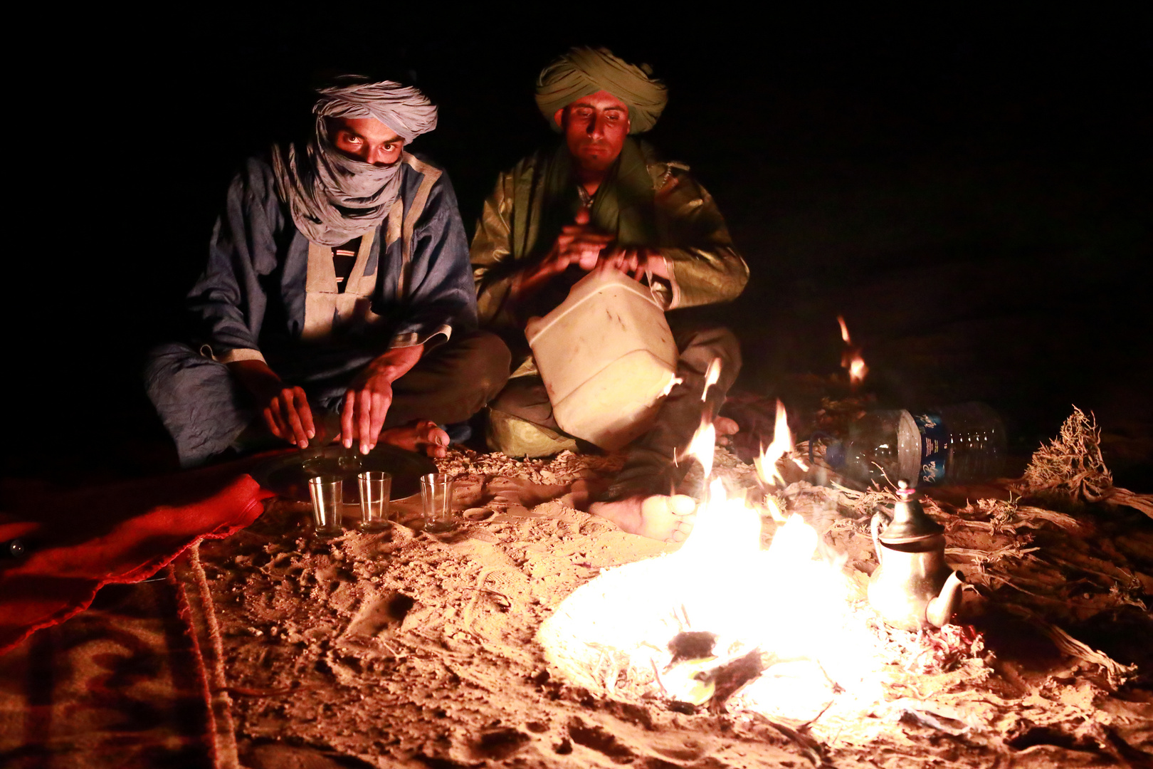 Am Lagerfeuer in der Wüste