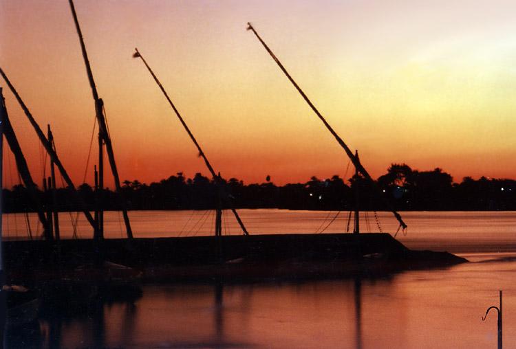 Am Nil ist die blaue Stunde rot