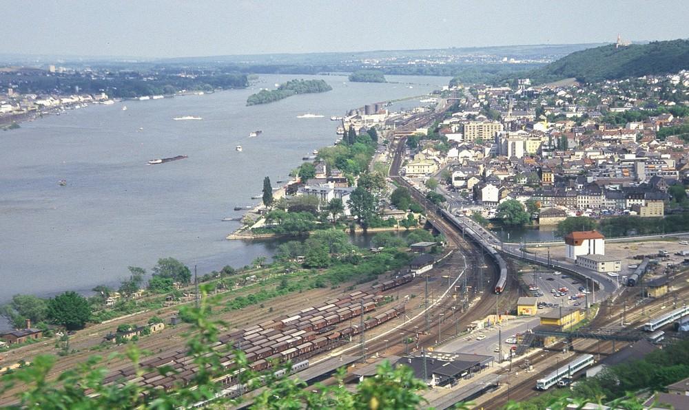 Am Rhein 7