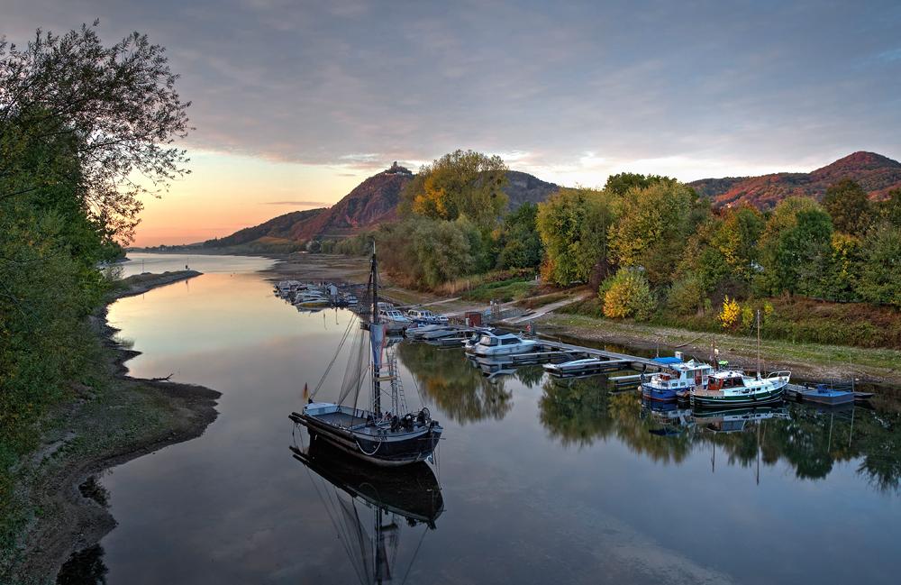 Am Rhein ...
