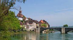 Am Rheinufer in Laufenburg (Baden)