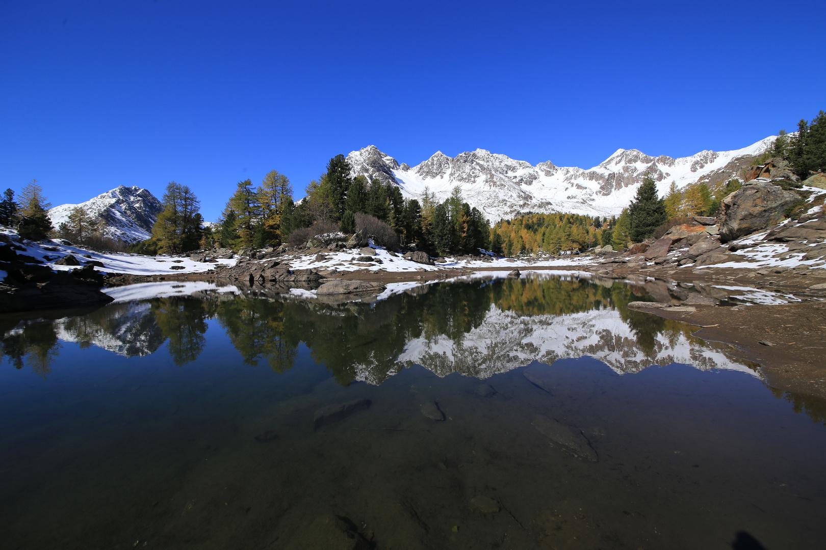 Am ruhigen Violasee, Val da Camp