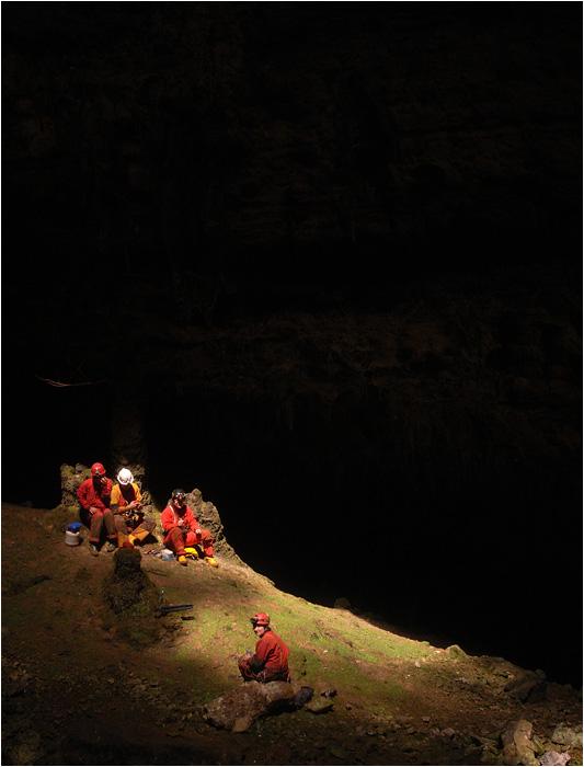 Am Schachtgrund der Grotta Noè