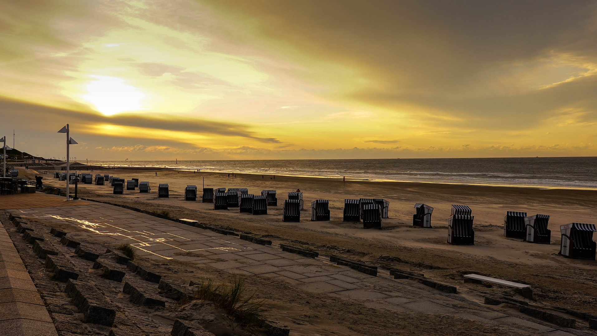 Am Strand 2