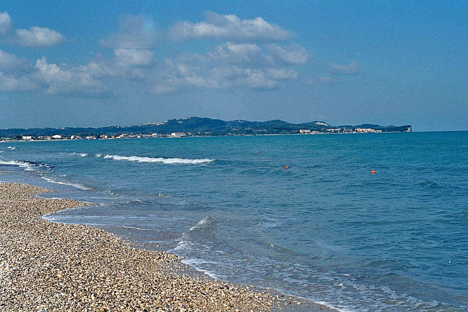 Am Strand von Acharavi