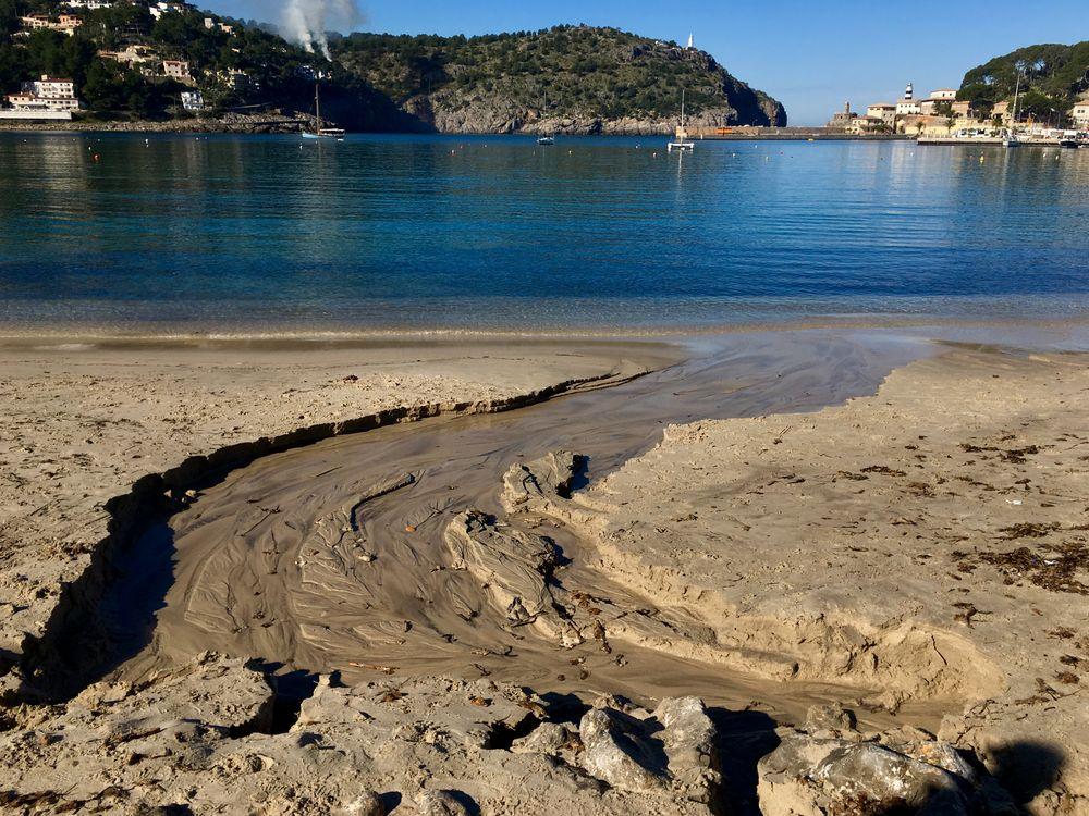 Am Strand von Port de Sóller