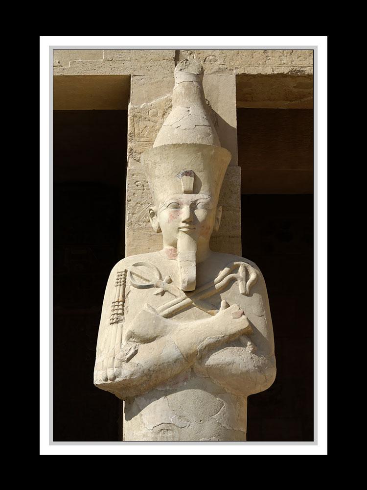 Am Tempel der Hatschepsut