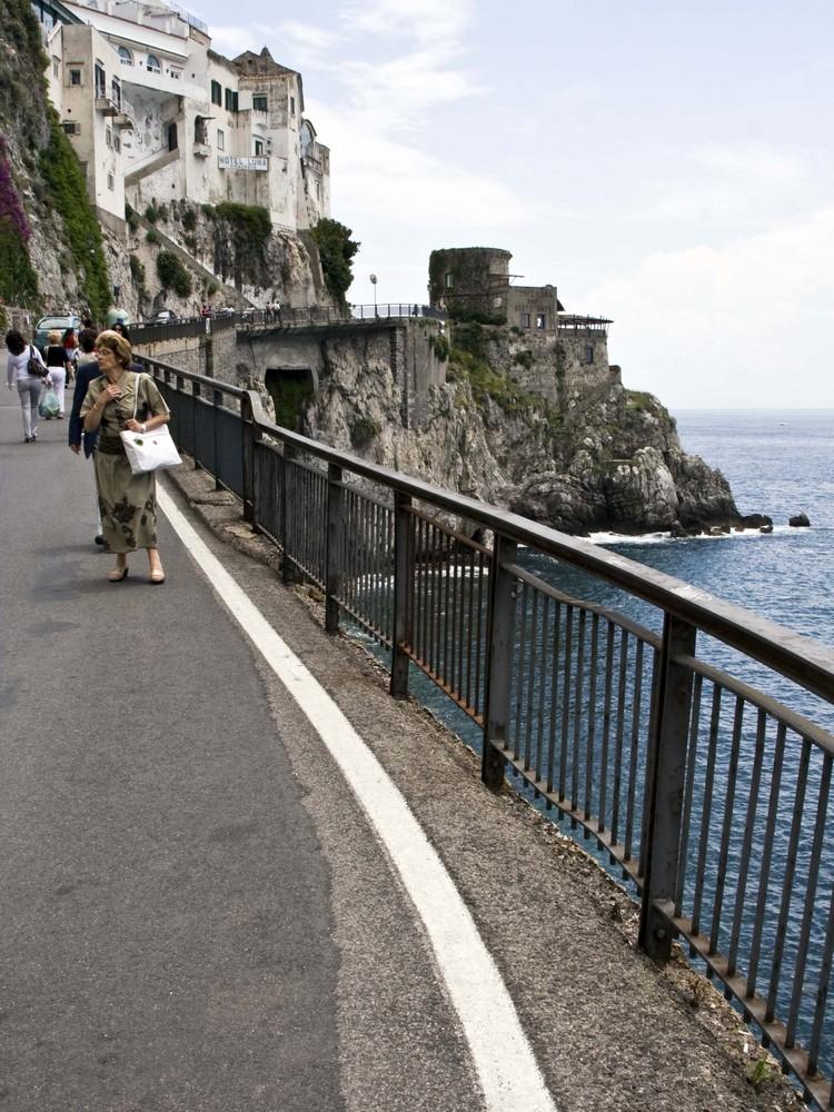 Amalfi, verso la torre saracena