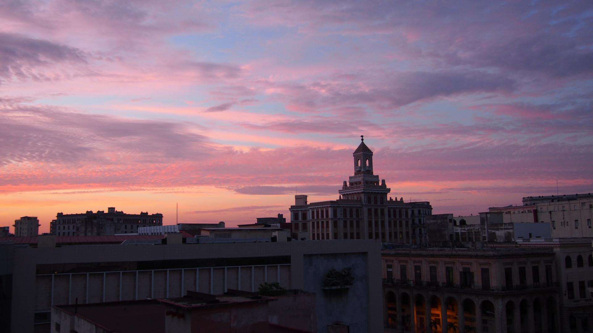 Amanece en La Habana