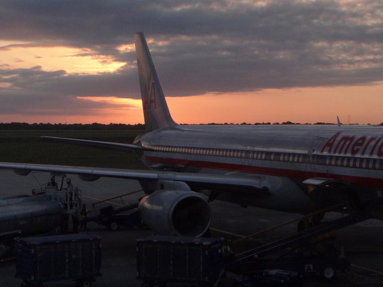 Amanecer... aeropuerto de Santo Domingo