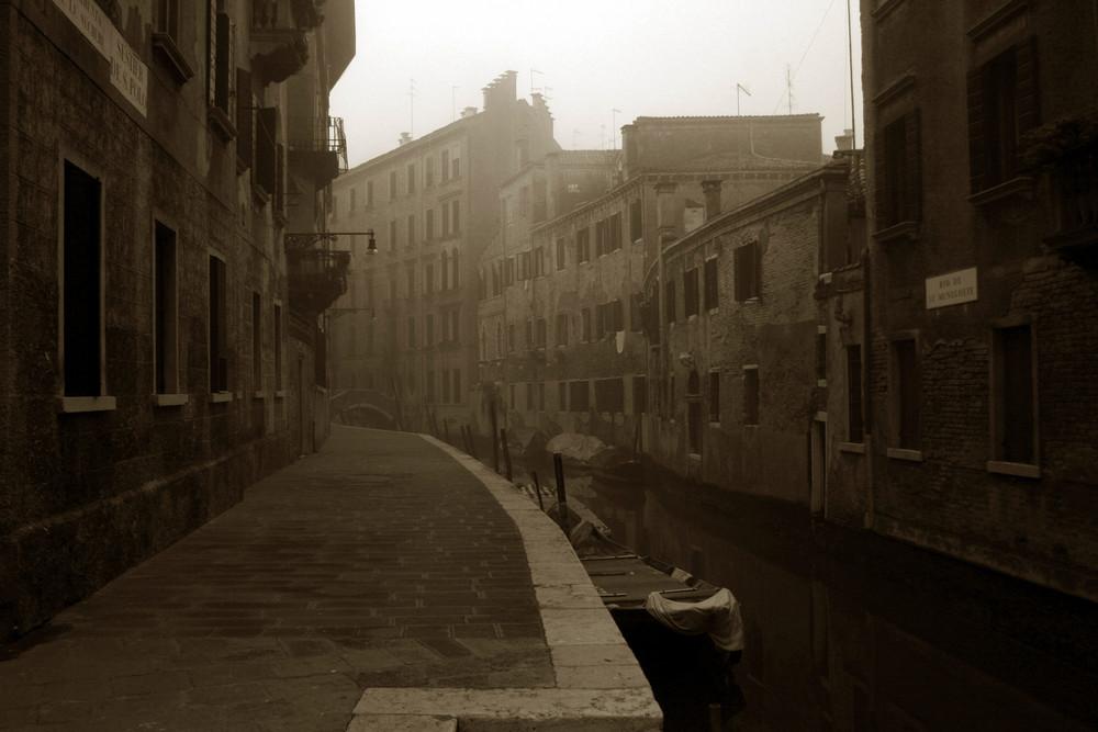 ... Amanecer en Venezia ...