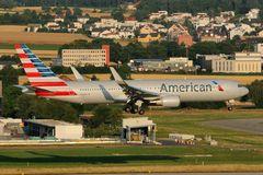 American Airlines Boeing 767-323(ER) N350AN