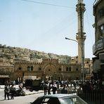 Amman, Downtown traffic / mosque
