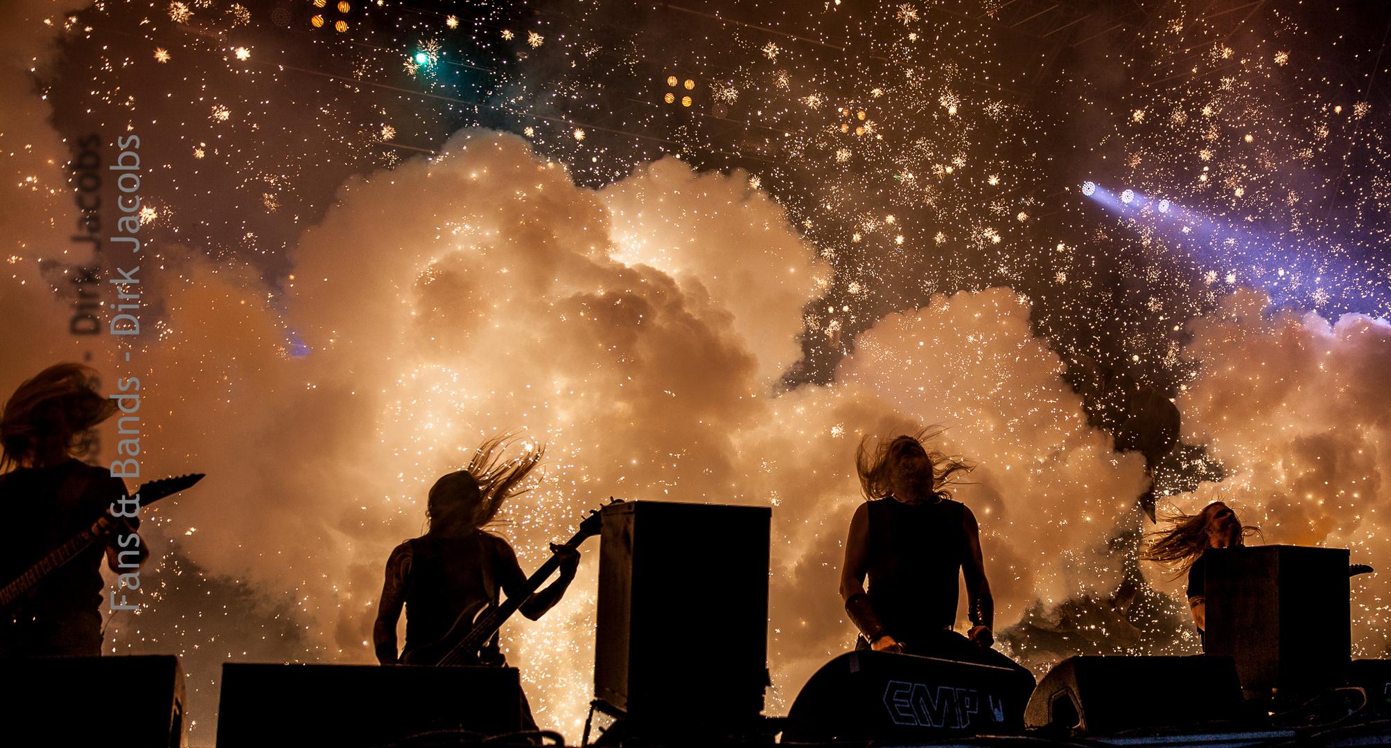 Amon Amarth Elbriot Festival Hamburg 2014