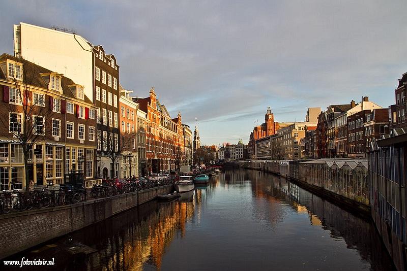 Amsterdam Bloemenmarkt en singel www.fotovictoir.nl