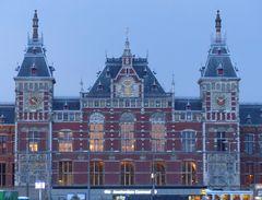 Amsterdam Central Station - das Bahnhofsgebäude