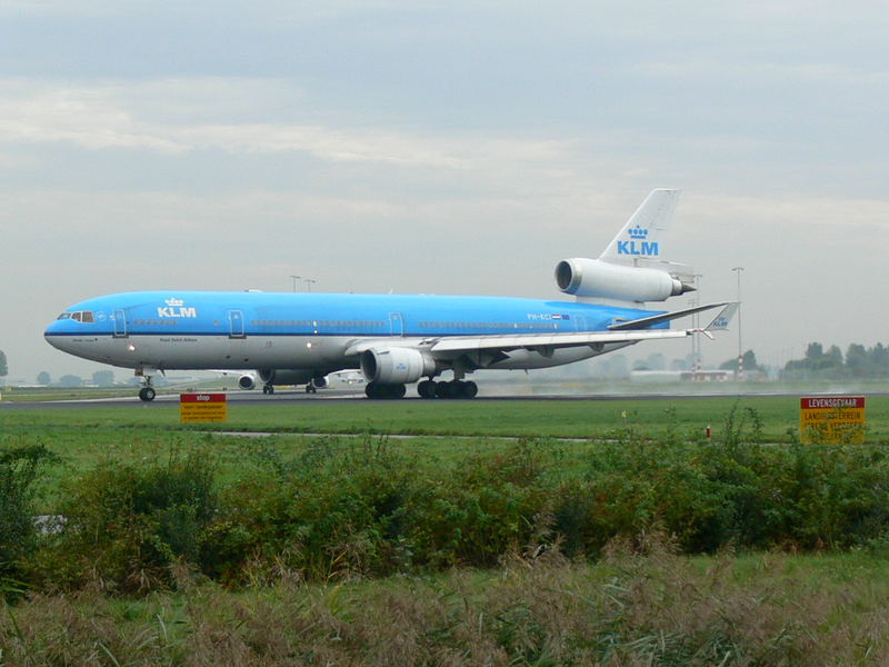 Amsterdam Schiphol, MD-11 ready for take-off