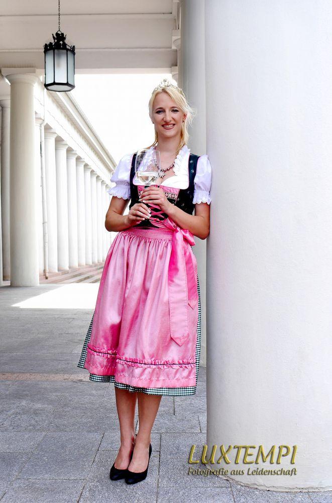 Amtierende Wiesbadener Weinkönigin Stephanie I.