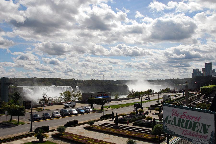 An den Niagarafällen