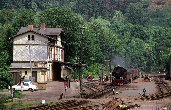 An der Harzquerbahn - 2