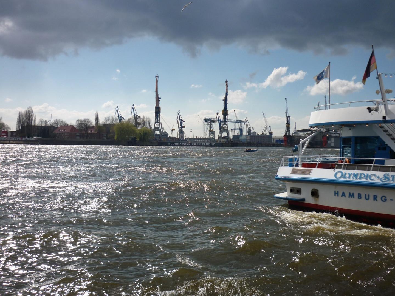 An der Landungbrücken in Hamburg