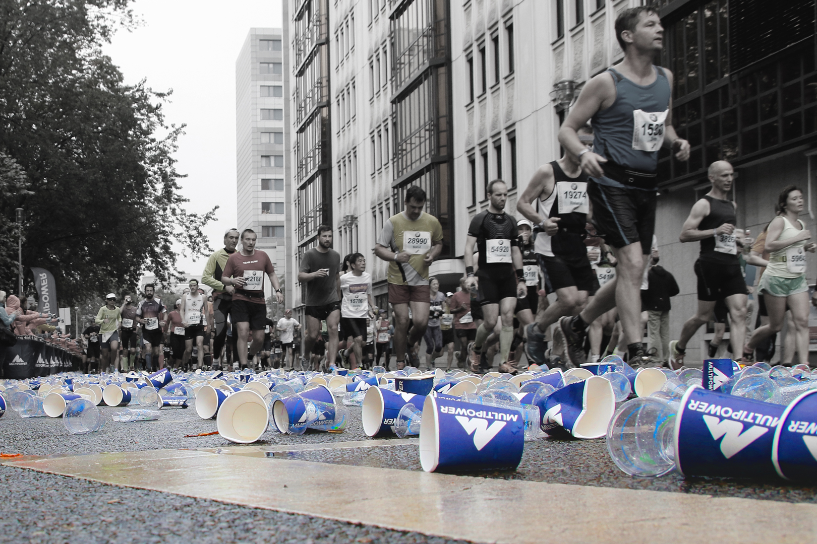 An der Power-Station - Berlin-Marathon