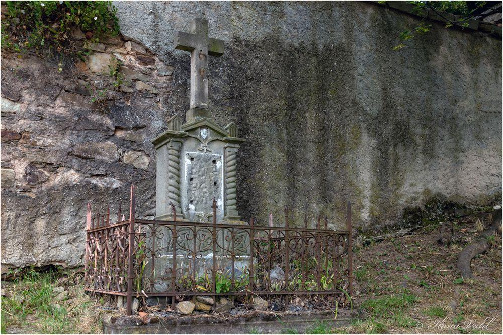 An der St-Georg-Kirche