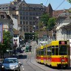 An Ordinary Day in Basel Un dia cualquiera en Basilea