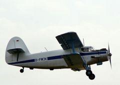 AN2 Überflug Dessau