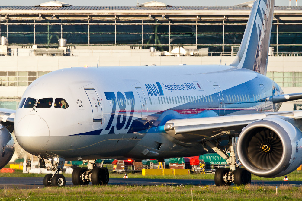 ANA B787-8 in DUS