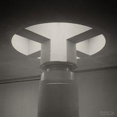 Analogfotografie / Abstrakte Architektur