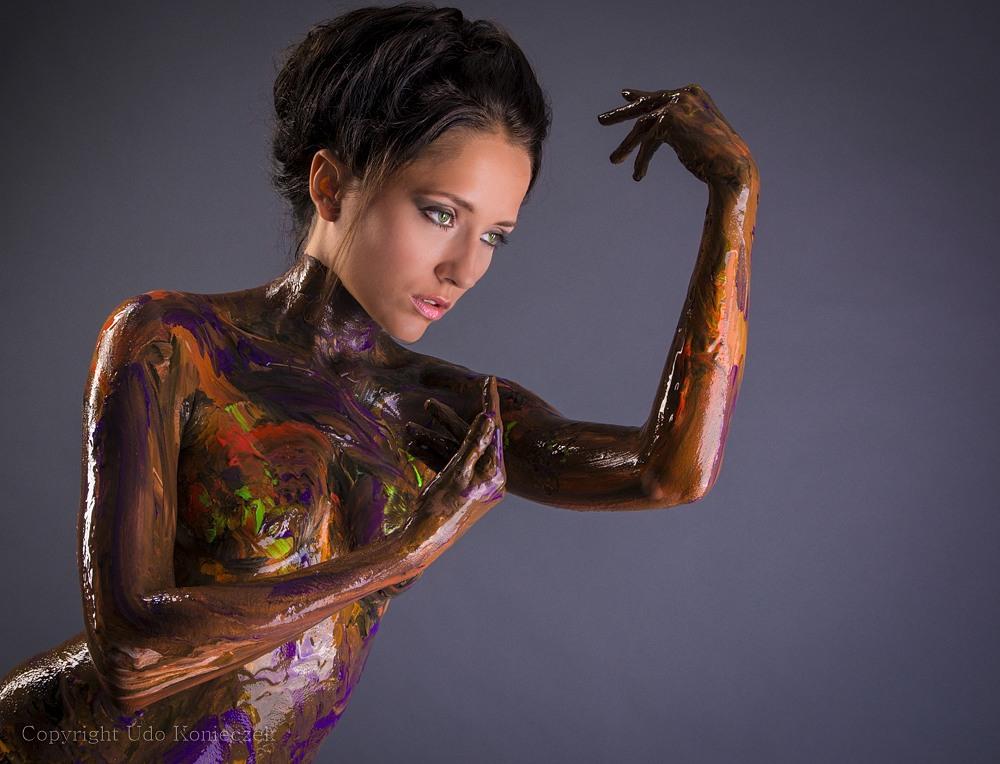 Anastasiya Avilova Nude Photos 30