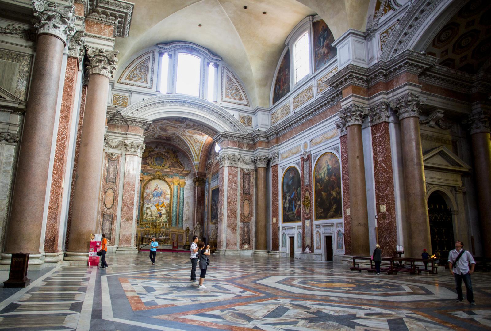 Anche qui, il Bonarroti sapeva progettare e recuperare, seppure in parte, le Terme di Diocleziano
