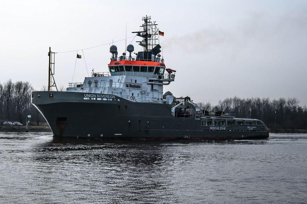 Anchor Handling Vessel !