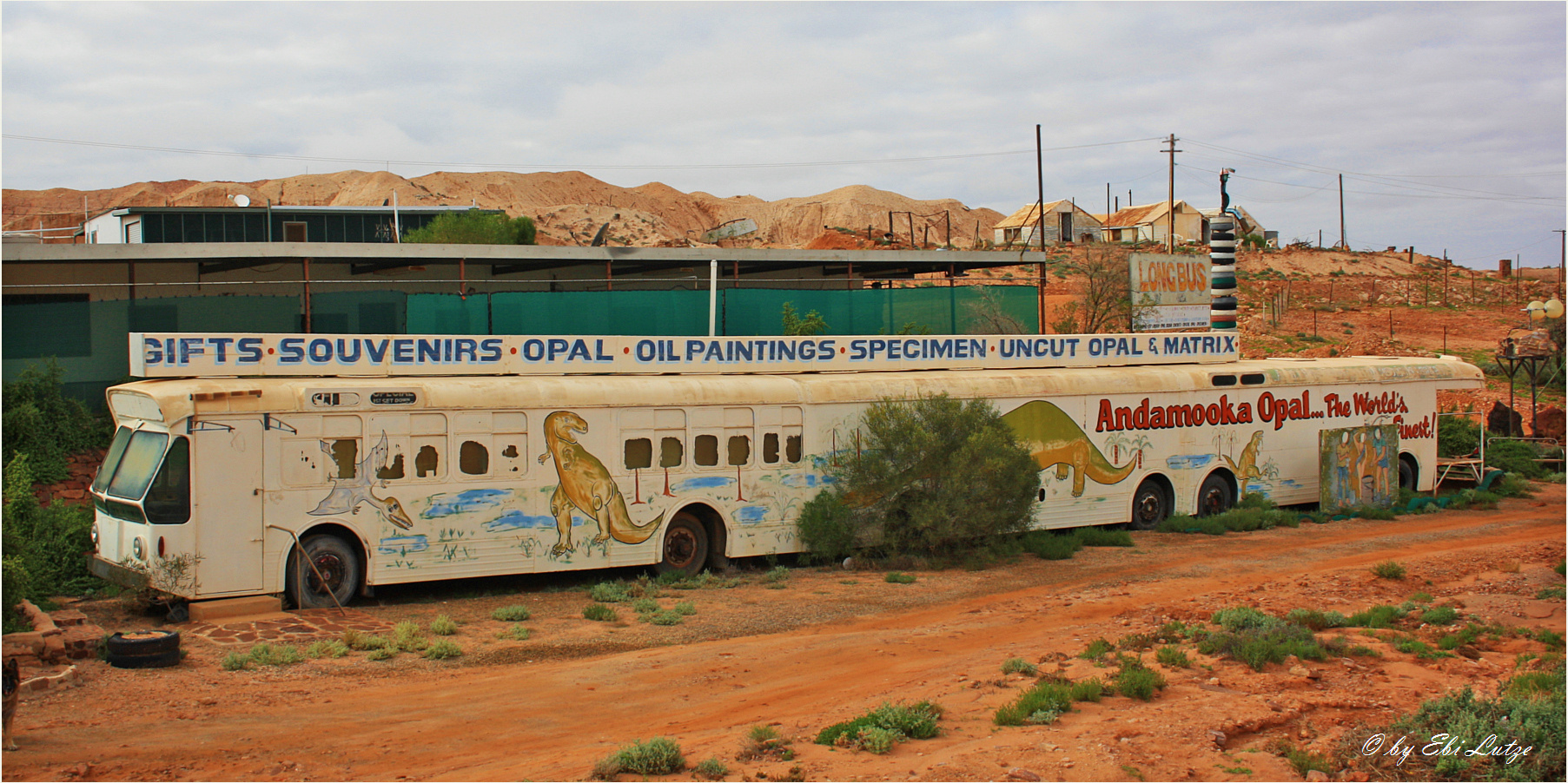 ** Andamooka / the longest Bus in the World **