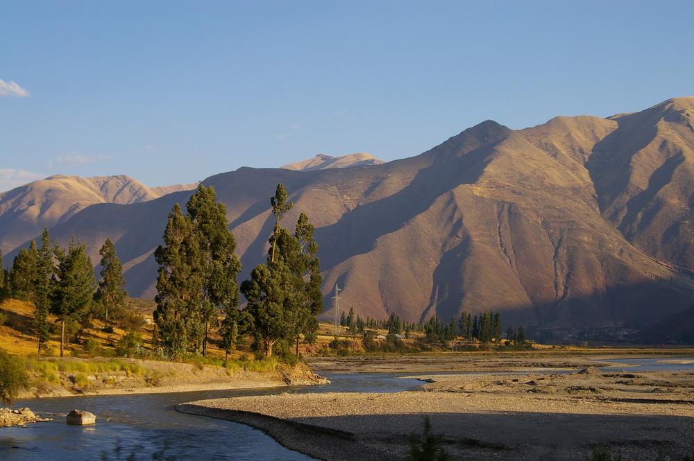 Andenexpress - die Landschaft bei Cusco